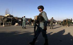 В Афганістані підірвався терорист-смертник біля найбільшої авіабази США