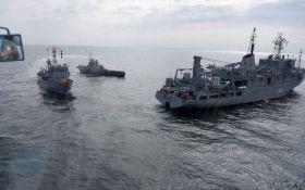 Украина срочно перебросила войска в район Азовского моря - известна причина