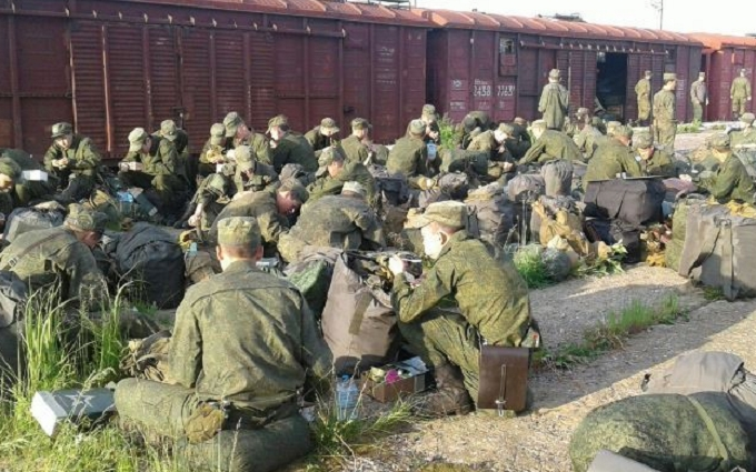 Стягування Росією військ до кордону з Україною: з'явилися нові фото