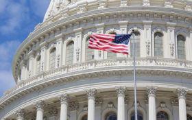 """В США наступил """"шатдаун"""": правительство прекратило работу из-за бюджетного кризиса"""