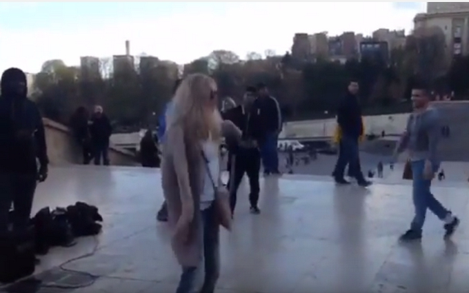 Брежнєва станцювала з вуличними музикантами: з'явилося відео