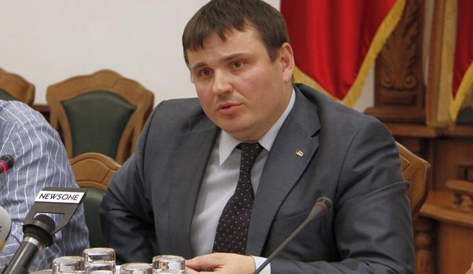 Кабмин принял повторное заявление замминистра обороны об увольнении