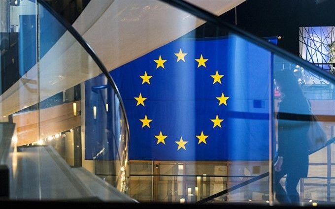 В Европарламенте одобрили предоставление Украине миллиардной финансовой помощи: опубликованы подробности