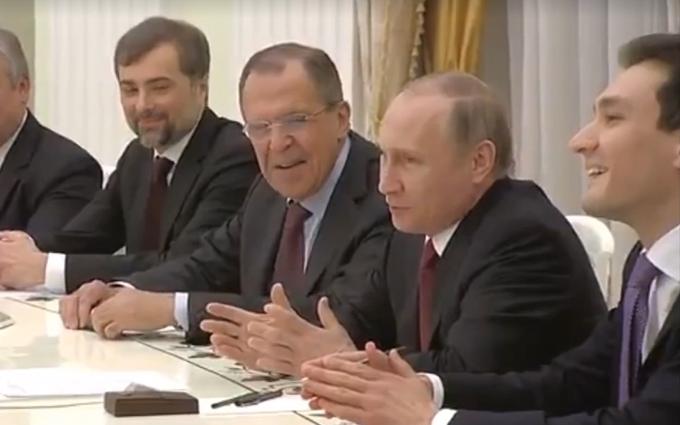 Путин показал посланнику Обамы свой юмор: появилось видео