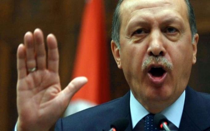 Швидко перевзулись: в соцмережах висміяли реакцію росіян на листа Ердогана