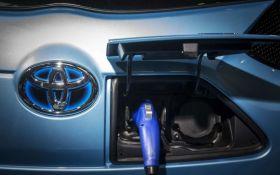 Пол часа и заряжен - новый электрокар от компании Toyota