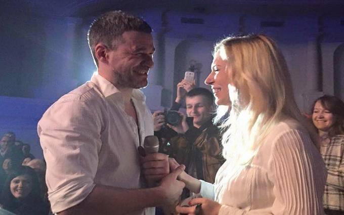 Мирзоян сделал предложение Тоне Матвиенко во время концерта: опубликованы фото и видео