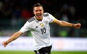 Легендарный немец забил фантастический гол в прощальном матче: появилось видео