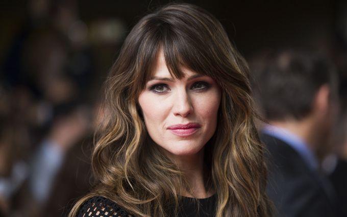 Відома актриса заявила, що зустрічається з Бредом Піттом: з'явилося відео