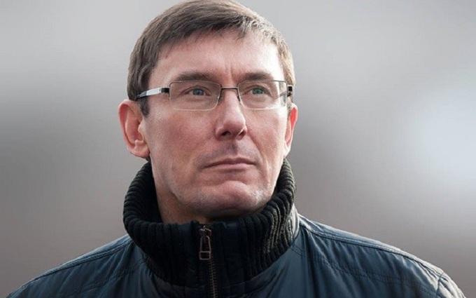 Луценко зацікавився дорогою машиною одеського прокурора: з'явилися фото