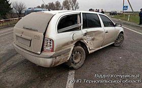 На Тернопольщине пьяный водитель взял копов на таран: опубликованы фото