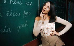 Вже не терпиться: відома українська співачка заінтригувала новим кліпом