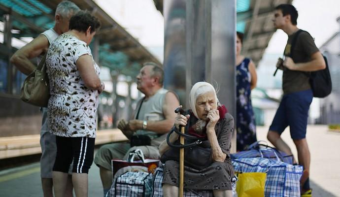 У Мінсоцполітики розповіли про кількість переселенців з Донбасу та Криму