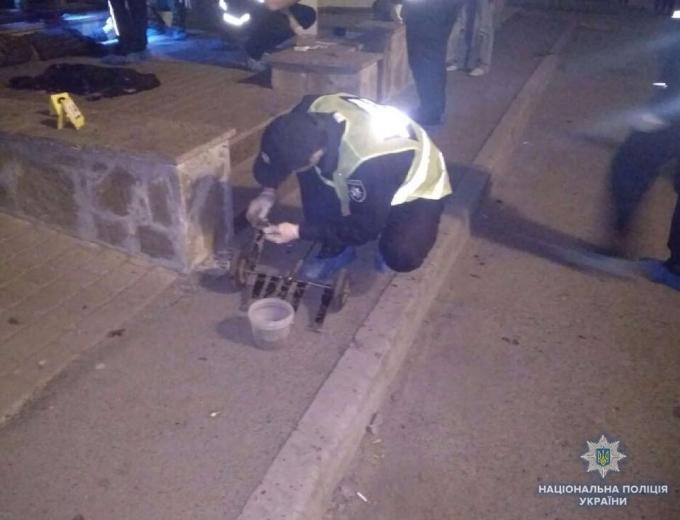 В Киеве на Подоле произошел смертельный взрыв: опубликованы фото (4)