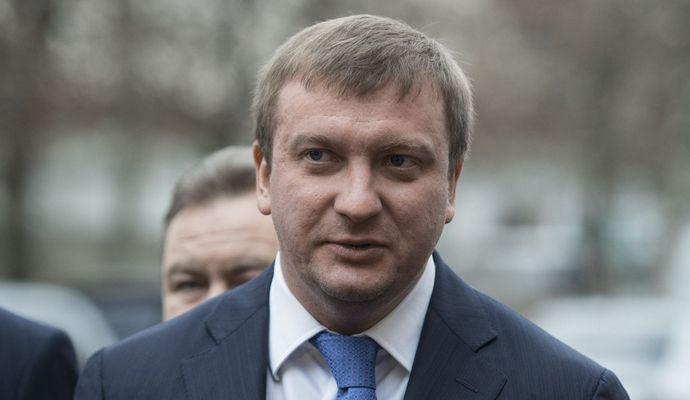 Реформы должны распространяться подобно вирусу - Петренко