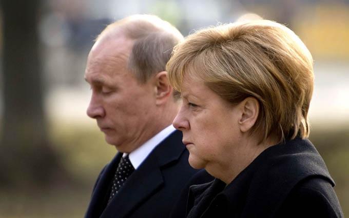 Стало відомо про важливу для України зустріч Меркель та Путіна