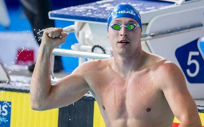 Украинский пловец триумфально выиграл этап Кубка мира: опубликовано видео