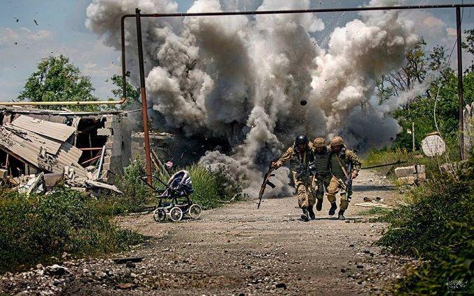 Гучне звільнення: з'явилася цікава оцінка постановочних фото з Донбасу (1)