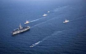Военный корабль США столкнулся с южнокорейским судном - СМИ