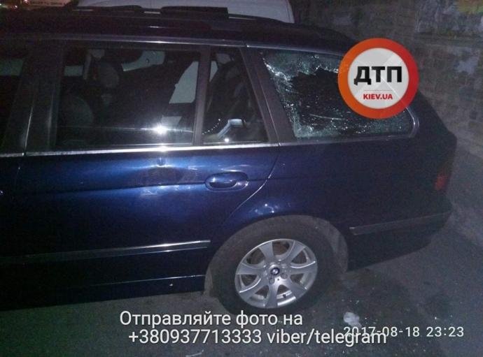 В Киеве неизвестные со стрельбой похитили мужчину: опубликованы фото (4)