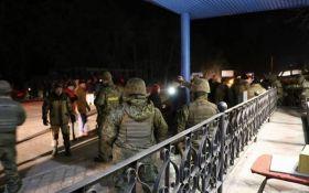 Сутичка з блокадниками Донбасу: Парасюк звинуватив поліцію в брехні і показав своє відео