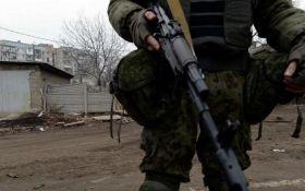 Боевики с танками пытаются занять позиции сил АТО под Красногоровкой - волонтер