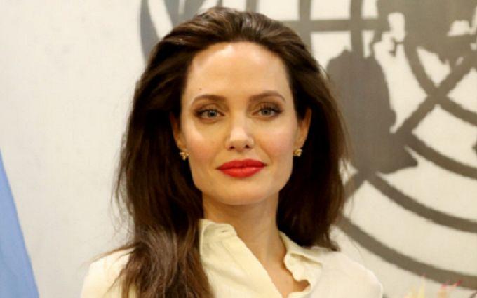 Анджеліна Джолі говорить про сексуальне насильство зі своїми дітьми