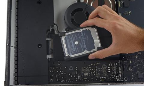 iFixit: 21.5 '' моноблок iMac абсолютно не підлягає ремонту (8 фото) (5)