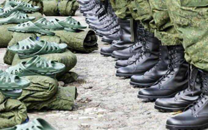 В оккупированном Крыму новорожденных детей уже призвали в армию