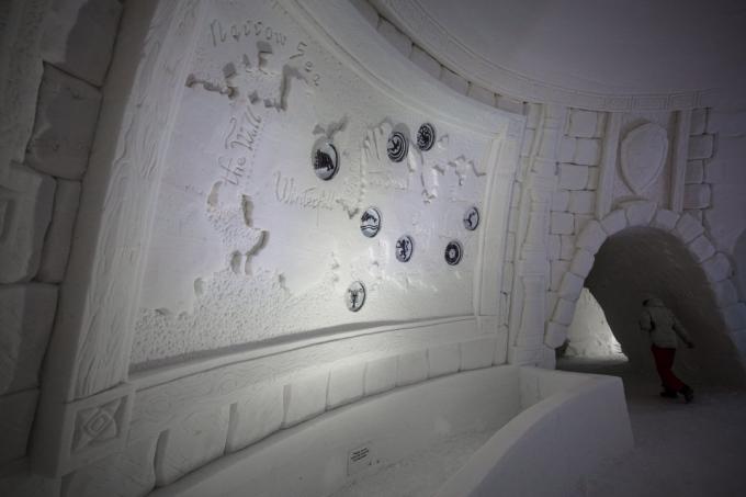 """В Лапландии построили ледовый отель по мотивам """"Игры престолов"""": впечатляющие фото и видео (2)"""
