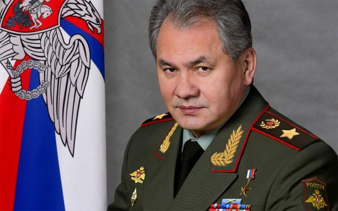 Головний воєначальник Путіна приїхав до Криму пограти мускулами