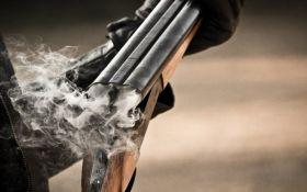 В Запорожье дебошир устроил стрельбу по полиции: опубликовано фото