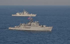 Украинский фрегат вместе с кораблями НАТО выследил подлодку: появились фото учений