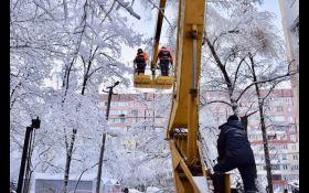 Частина населених пунктів України залишається без електрики
