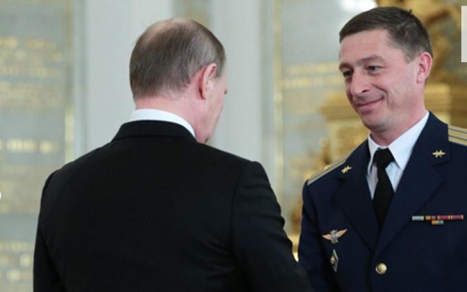 Обнародованы фото пилотов Путина, которые бомбили Сирию (1)