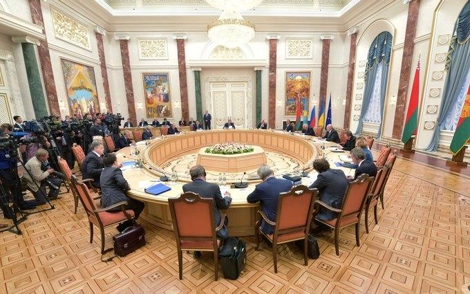 Стало відомо, про що хочуть домовитися на новій зустрічі щодо Донбасу в Мінську