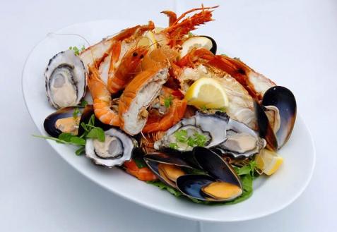 Как правильно есть морепродукты