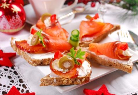Рецепт на Новый год: Канапе с лососем