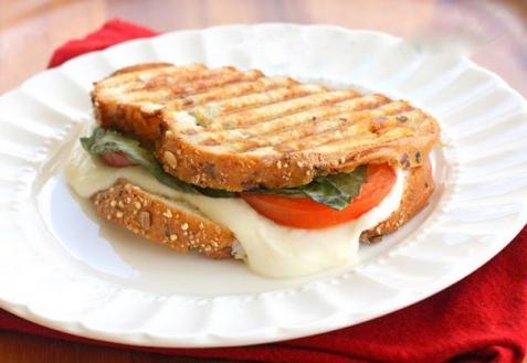 Рецепт - Сэндвич «Капрезе»