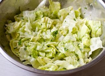 + листья салата