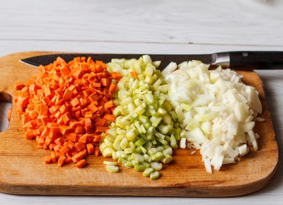 Рубим овощи