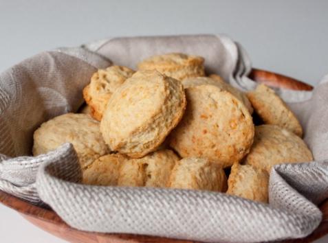 Сырное печенье на соде