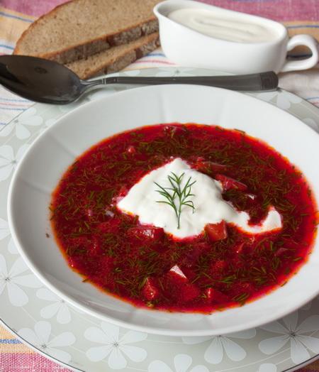 Холодный суп из свеклы и сладкого перца