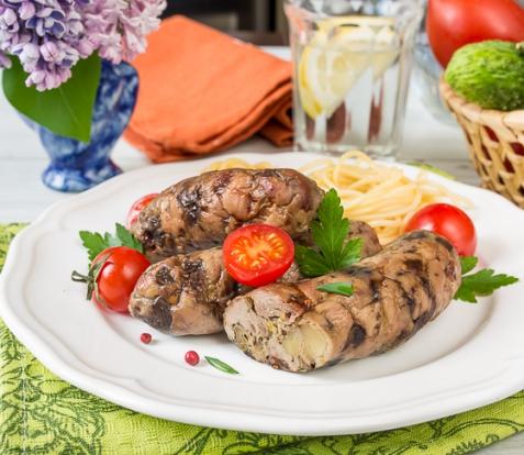 Колбаски из рубленой индейки с грибами