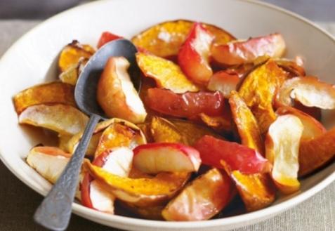 Яблоки и тыква в кленовом сиропе