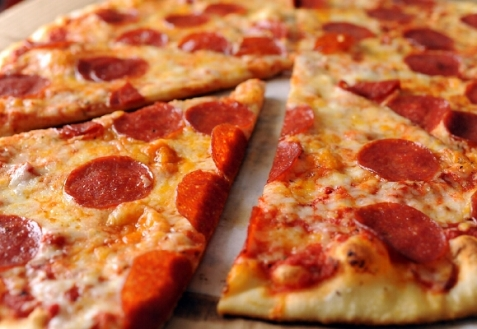 Пицца пепперони (видео)