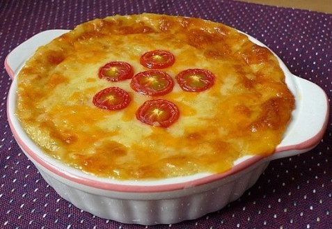 Картофельная запеканка с сыром и луком