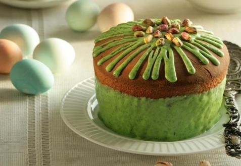 Рецепт на Пасху: Кулич с фисташками в зеленой глазури