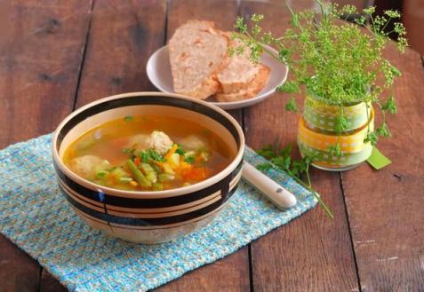 Суп с фрикадельками и кус-кусом