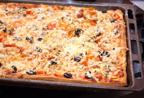Пицца со слоеным тестом рецепт с фото